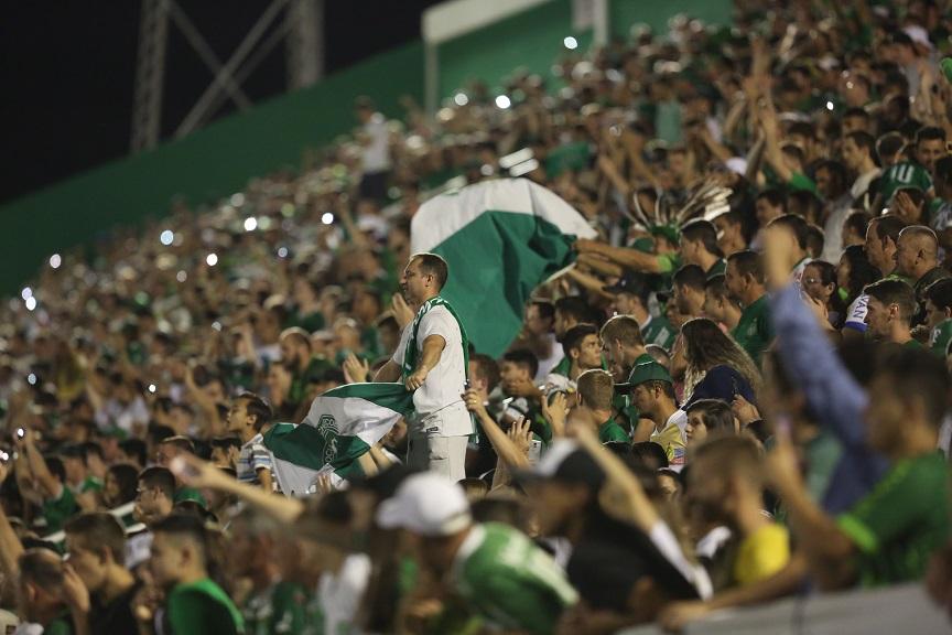 6070ce6190 Ingressos para Chapecoense x São Paulo começam a ser vendidos nesta terça.  Diretoria do clube reedita promoção ...